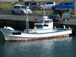 鳥取砂丘 近く 港 イカ釣り漁船