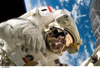 自己紹介 家族旅行 宇宙旅行